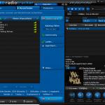 Der Player zeigt neben ID3-Tags auch Coverbild und Liedtext zu jedem Track